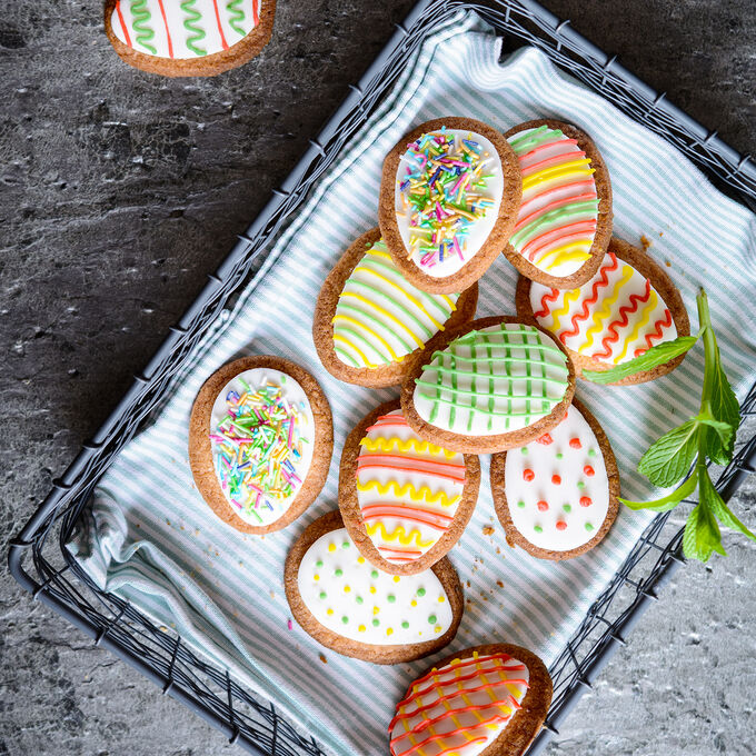 Spring Cookie Decorating