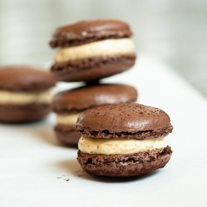 Make & Take: Chocolate Macarons