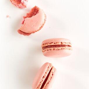 Make & Take: Marvelous French Macarons