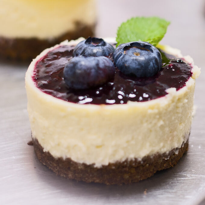 Online Prep Now, Eat Later: Blue Ribbon Blueberry Cheesecakes (ET)