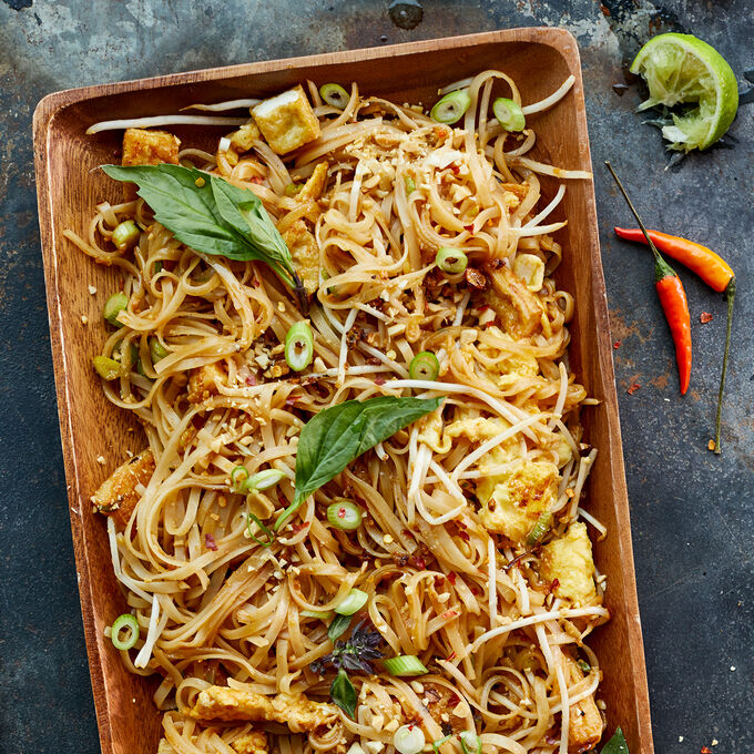 Signature Dishes: Pad Thai