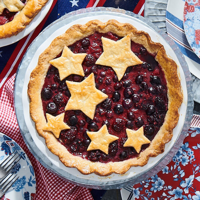 Make & Take: Star-Studded Fruit Pie + Vanilla Ice Cream