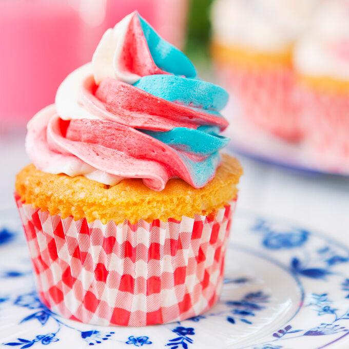 Online All-American Cupcake Decorating Class (ET)