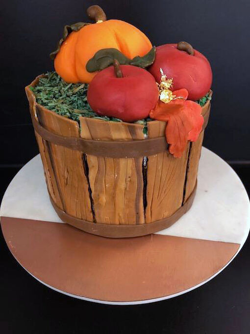 Cake Decorating: The Pumpkin Patch