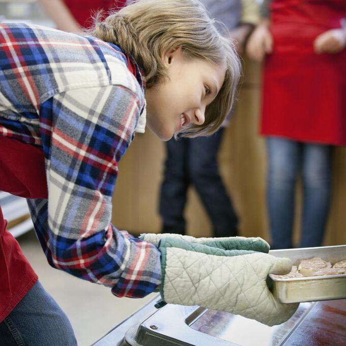 Drop & Shop: Teens Cookie Decorating Workshop