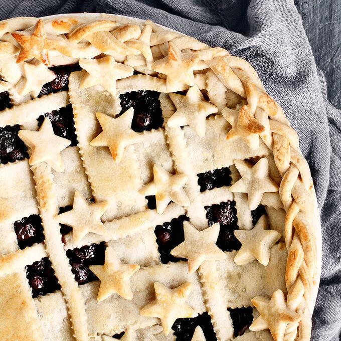 Star-Spangled Pie Workshop + Emile Henry Pie Dish
