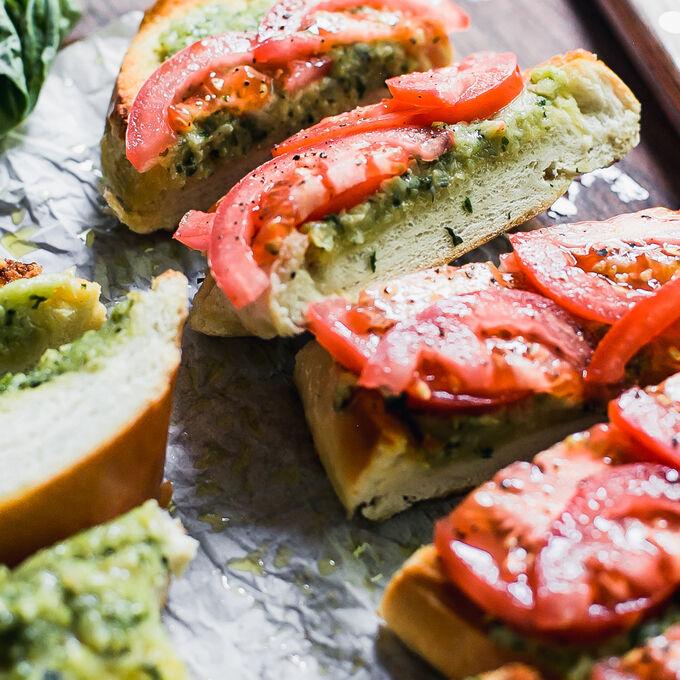 Caprese Herb Garlic Bread