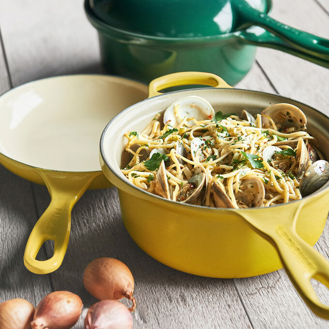 Linguine with Clams and White Wine Sauce