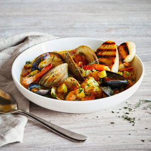 Bouillabaisse (Seafood in Saffron Broth) with Creamy Garlic Aioli