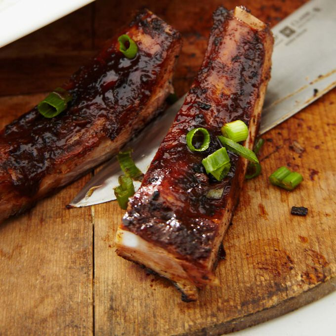 Super Easy Barbecue-Style Short Ribs