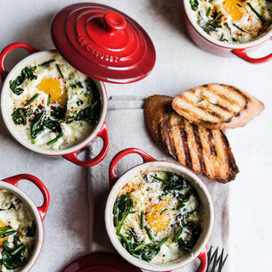 Baked Eggs with Spinach and Leeks