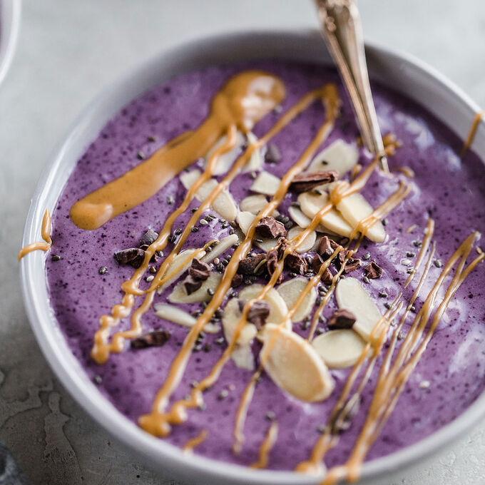 Peanut Butter Smoothie Bowls
