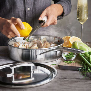 Winter Clams with Citrus and Fennel