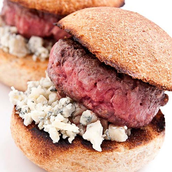 Steak Sliders with Applewood Bacon-Cabernet Reduction and Blue Cheese
