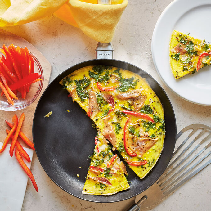 Prosciutto, Kale, and Red Bell Pepper Skillet Frittata