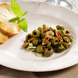 Insalata di Olive Verdi Schiacciate - Crushed Green Olive Salad