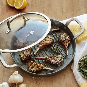 Grilled Garlic-Rubbed Lamb Chops
