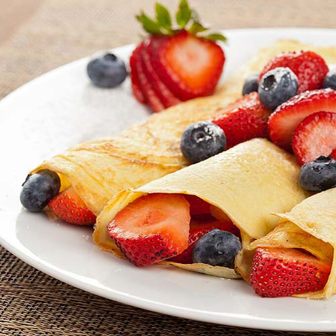 Mixed Summer Berry and Ricotta-Filled Crepes