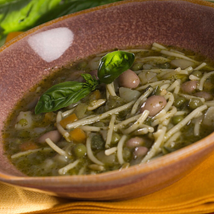 Minestrone con Pesto alla Genovese - Minestrone with Pesto alla Genovese