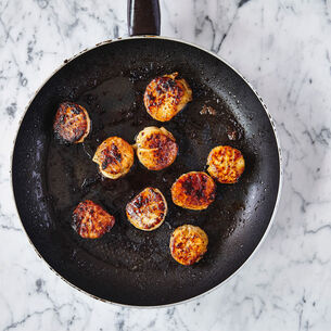 Pan-Seared Scallops with Deconstructed Guacamole