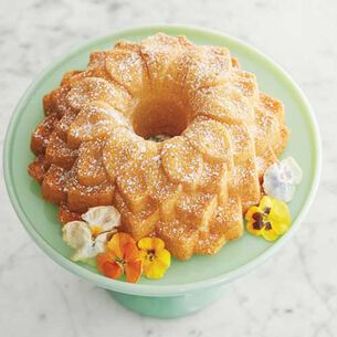 Lady Bird's Famous Lemon Bundt Cake