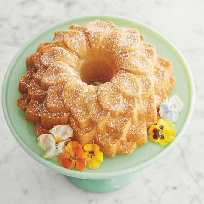 Lady Bird's Famous Lemon Bundt Cake