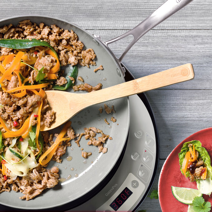 Stir-Fried Turkey in Lettuce Wraps