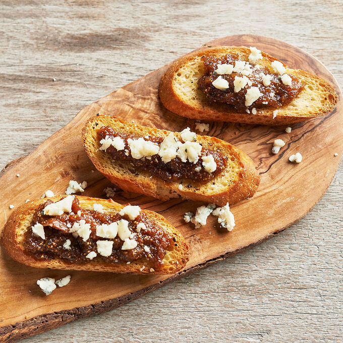 Crostini with Homemade Fig Jam and Gorgonzola