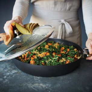 Sweet Potato Quinoa with Sauteed Kale and Walnuts