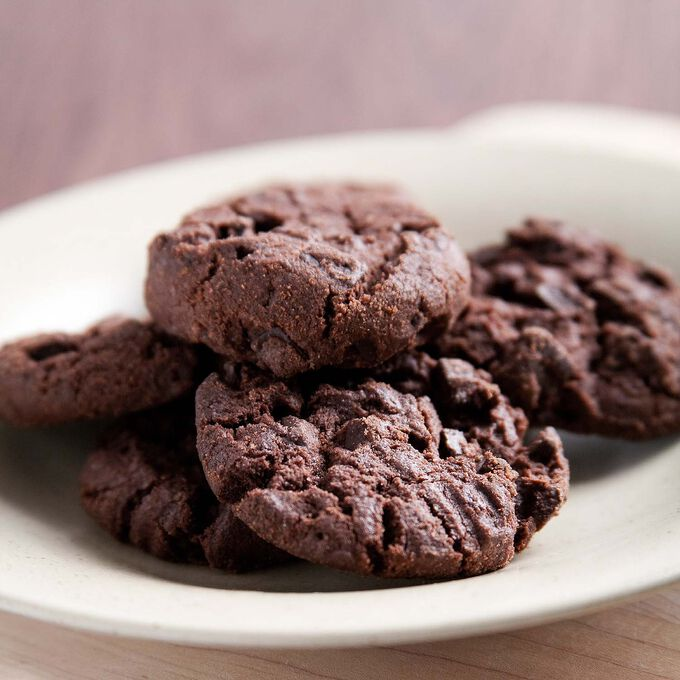 Cocoa Chocolate Chip Mint Cookies