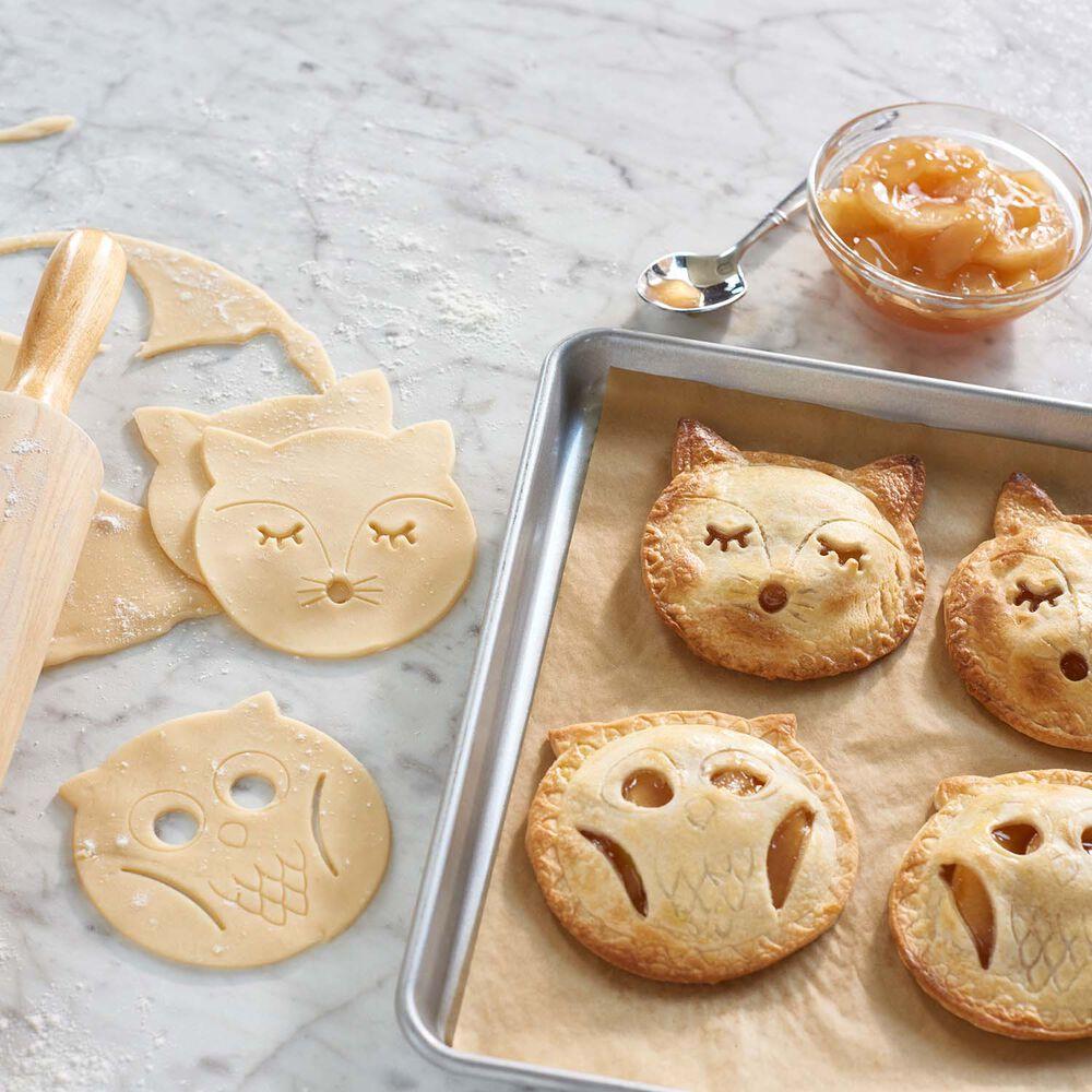Sur La Table Fox and Owl Hand Pie Set