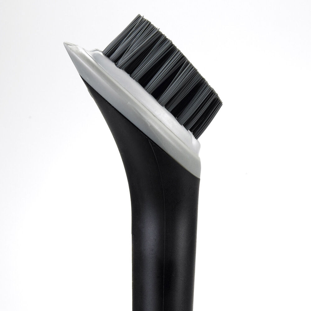 OXO Ultimate Brush