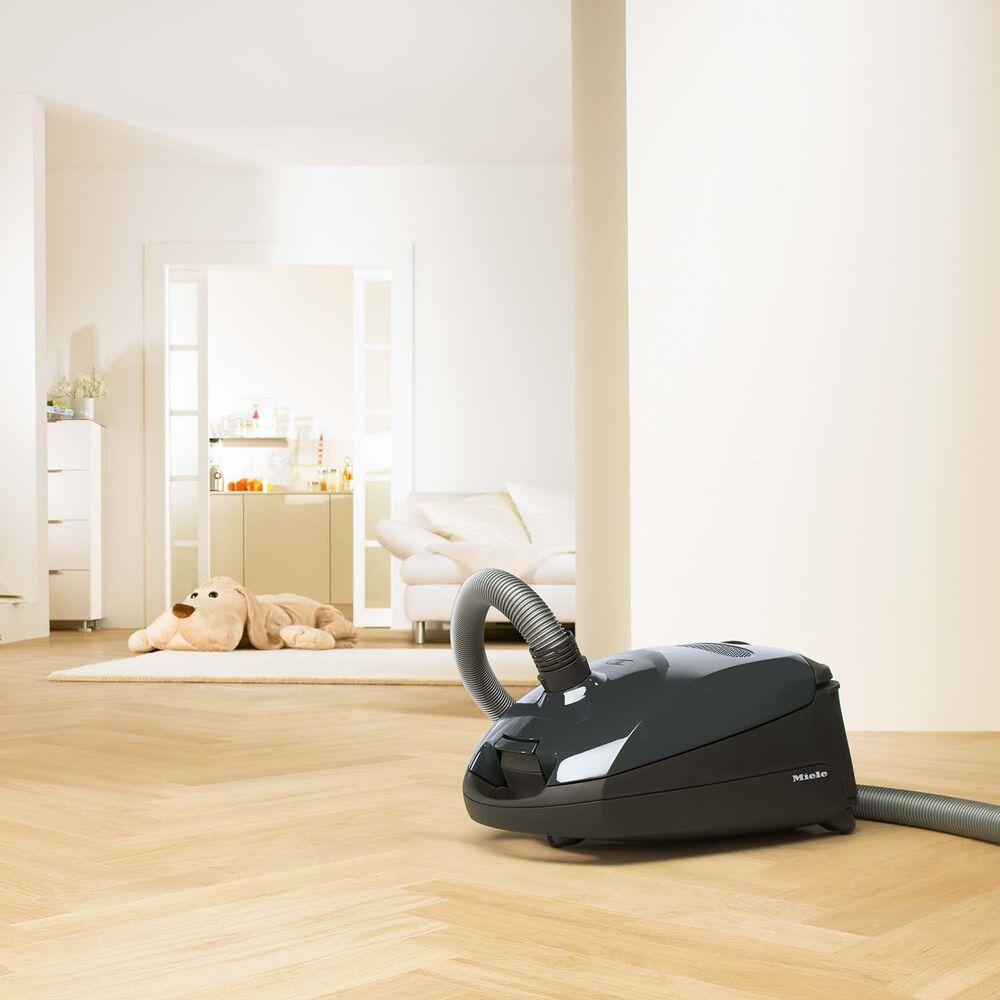 Miele Classic C1 Pure Suction Vacuum