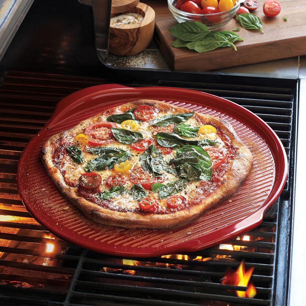 Emile Henry Flame Burgundy Pizza Stone