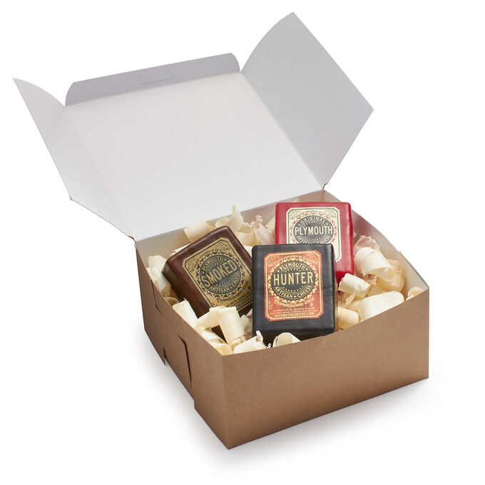 Plymouth Artisan Cheese 3-Piece Classic Set in Gift Box