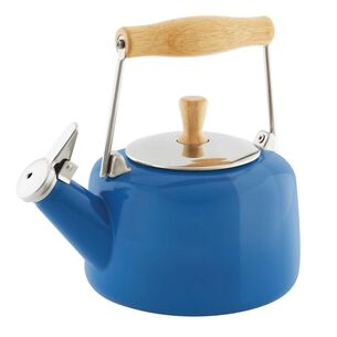 Chantal Sven Whistling Teakettle with Natural Wood