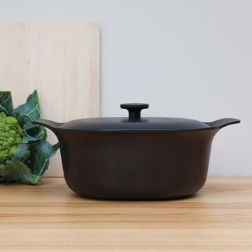 BergHOFF Ron Cast Iron Casserole with Lid, 5.5 qt.