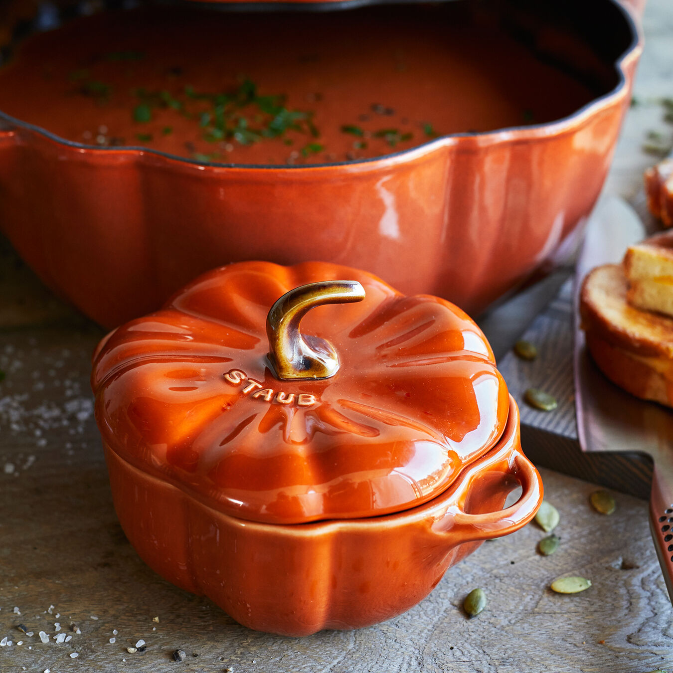 Staub Pumpkin Cocotte Special Cocottes Halloween