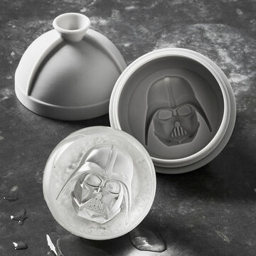<i>Star Wars</i>&#8482; Darth Vader&#8482; Ice Mold