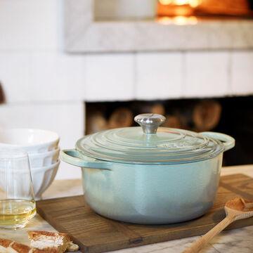Le Creuset Signature Round Dutch Oven, 5.5 qt.
