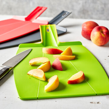 Sur La Table Prep & Pour Cutting Board