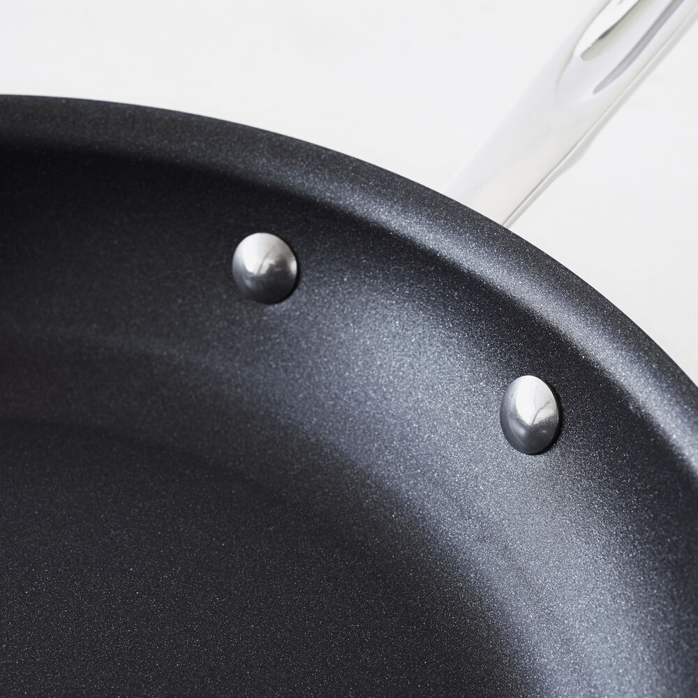 All-Clad d5 Brushed Stainless Steel Nonstick Skillet