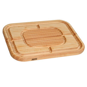 John Boos & Co. Edge-Grain Rectangular Maple Carving Board