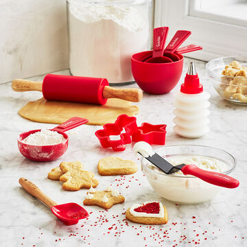 Kids' 17-Piece Baking and Decorating Set