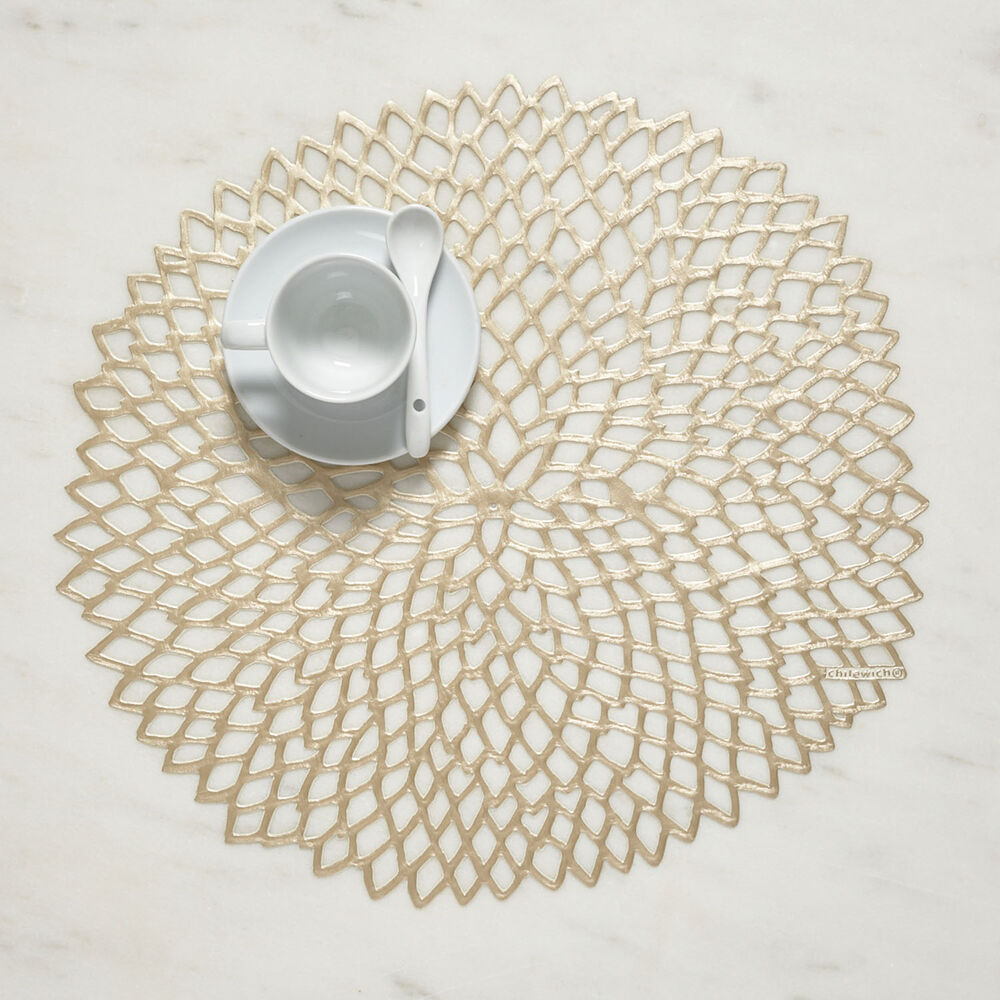 Chilewich Pressed Dahlia Placemat, 14""
