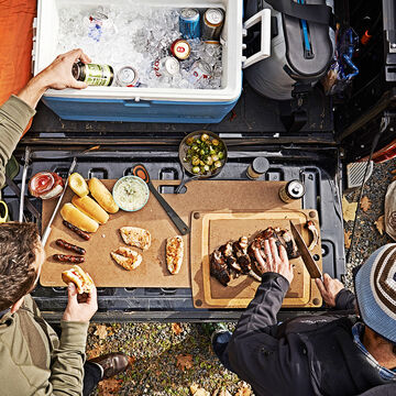 Epicurean Big Game Cutting Board, Nutmeg