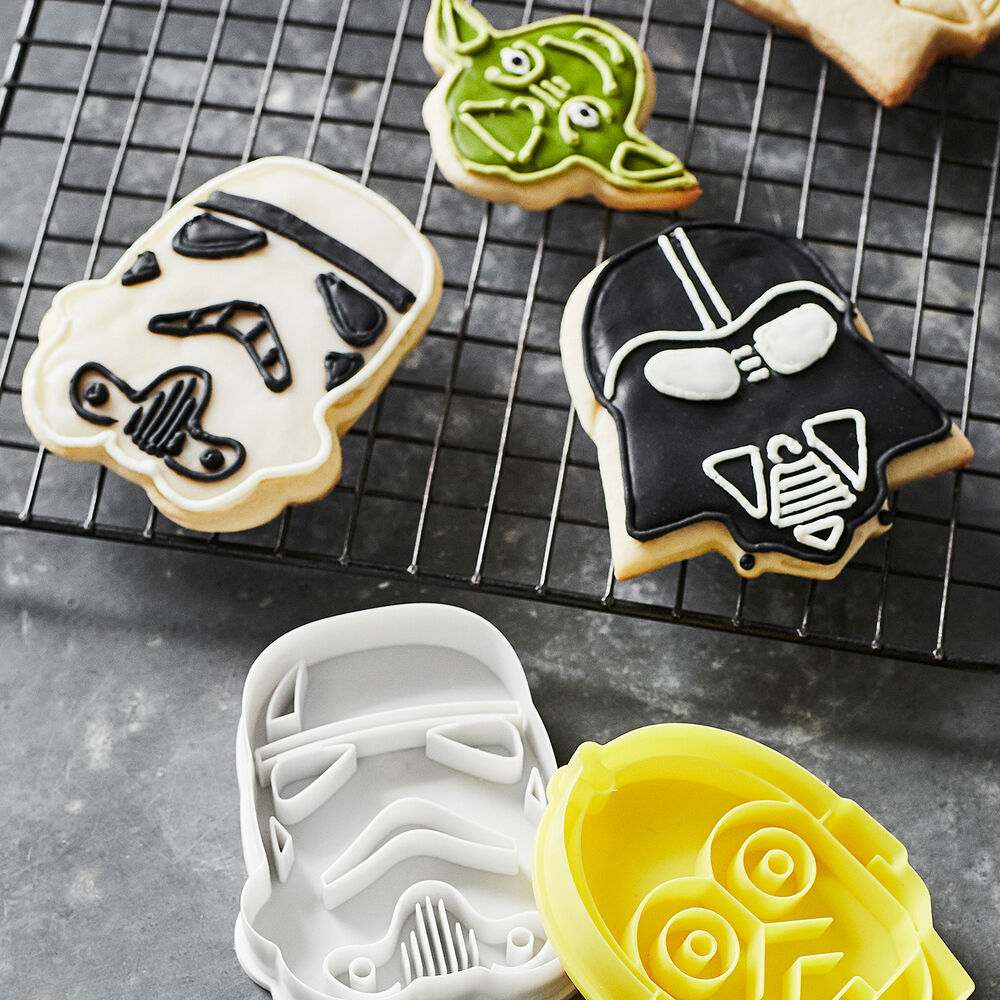 <i>Star Wars</i>&#8482; Cookie Cutters, Set of 4