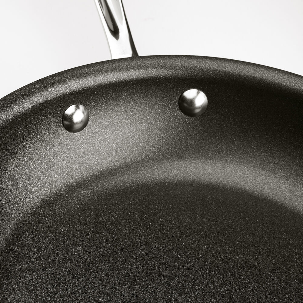 All-Clad d3 Stainless Steel Nonstick 5-piece Set