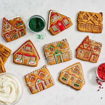 Gingerbread House Impression Cookie Cutters, Set of 3