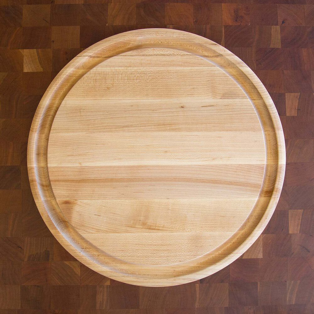 Broad Maple Edge Grain Cutting Board with Groove